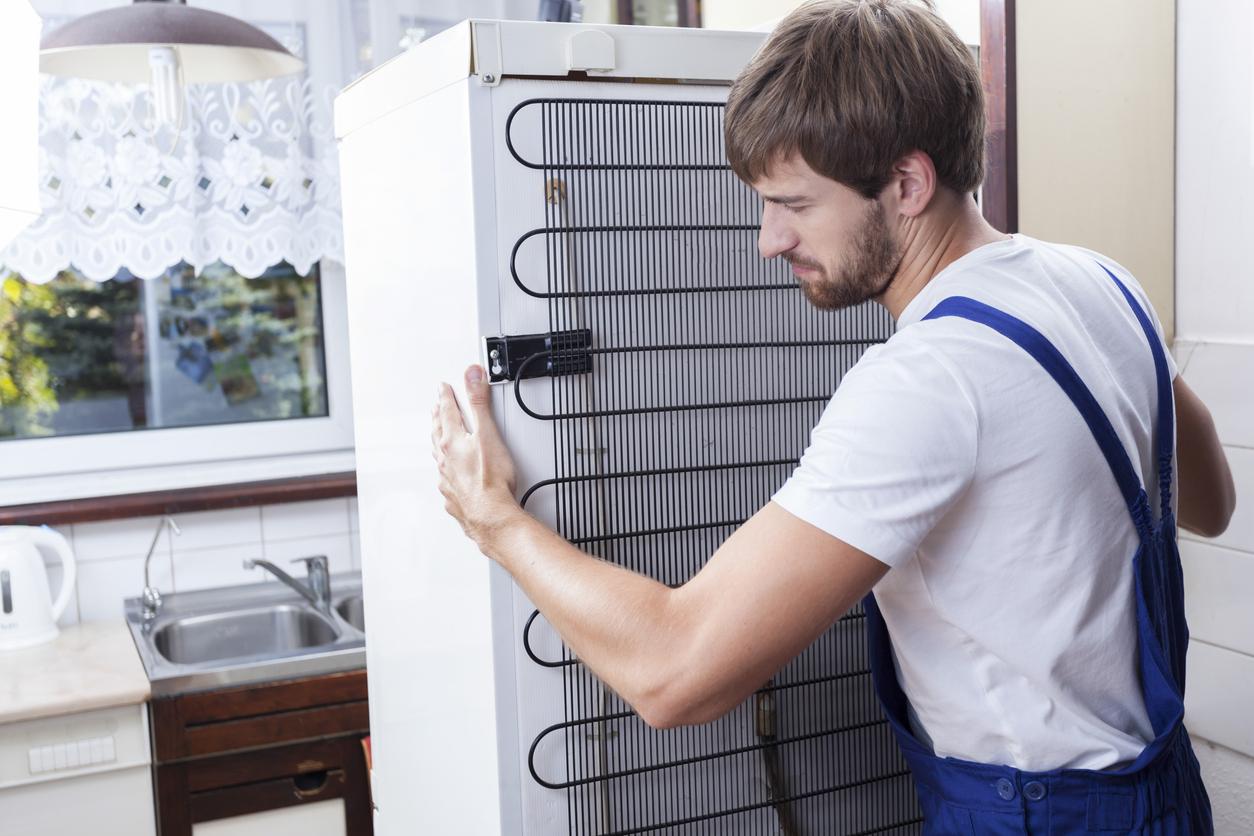 How-to-Move-a-Refrigerator